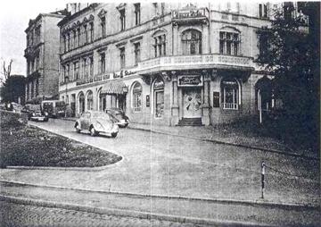 Historisches Foto Aussenansicht - Ambassador Versicherungsmakler - Pabst Finanzberatung Bielefeld - Ihr Experte für Finanzen, Immobilien und Versicherungen